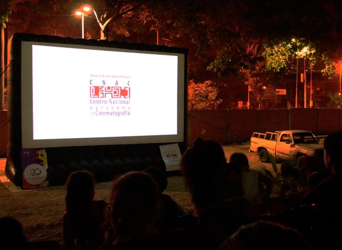 Cine en Comunidad